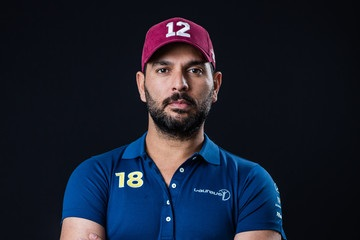 Yuvraj makes his expert prediction for India-Srilanka face off in World Cup 2019.