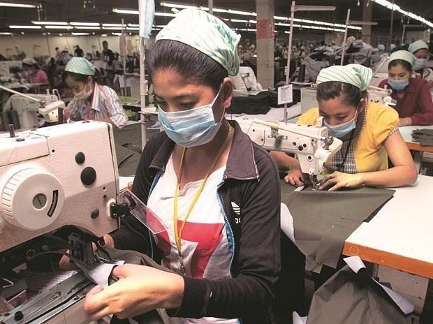10 Major Indian Textile Companies – Annual Sales (2017-18 & 2018-19).