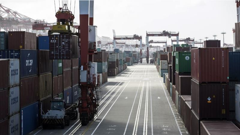 China exports decline in August