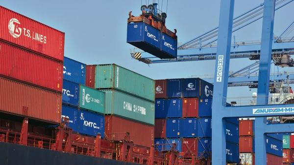 August exports decline 6% to $26 bn; trade deficit narrows to $13.4 bn.
