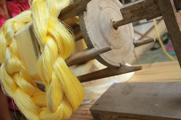Italian Silk Yarn Industry Suffers from a Steady Decline in Production and Exports