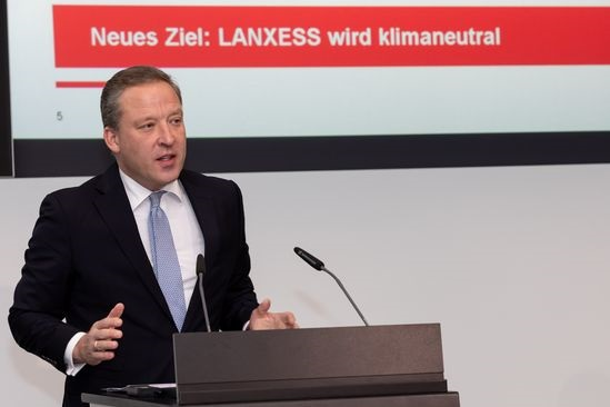 LANXESS with stable development also in third quarter