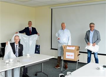 Mondi produces and donates protective medical gowns for key health care workers in Germany