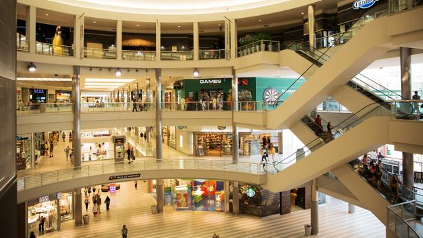 Retailers say won't reopen shops in malls that won't give rental relief.