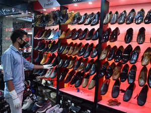 Impose anti-dumping duty on Chinese footwear, says Leather manufacturers, traders