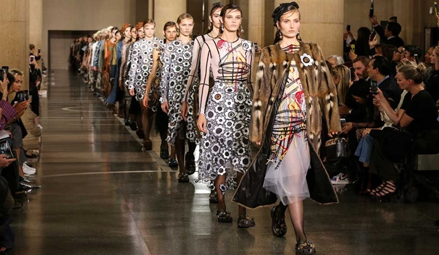 London Fashion Week opens without catwalks for the first time in history due to covid 19