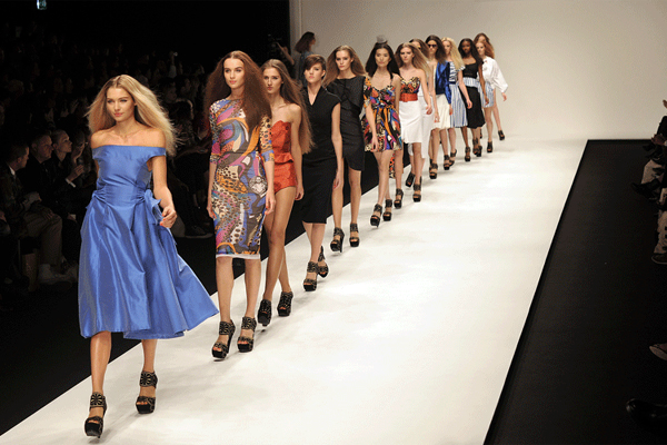 BODY IMAGE AND HIGH FASHION MODELS IN 21ST CENTURY
