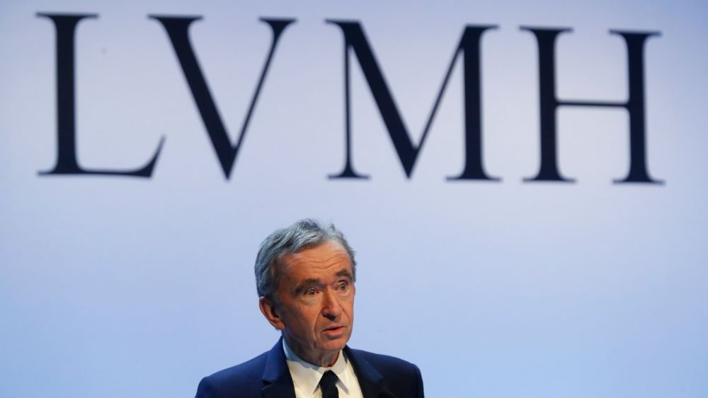 LVMH profits sink and pressure on the luxury market continues
