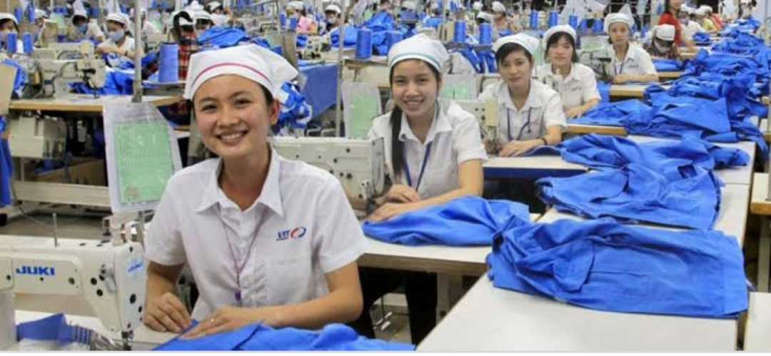 Japanese Textile and Apparel industries asking employees to retire early