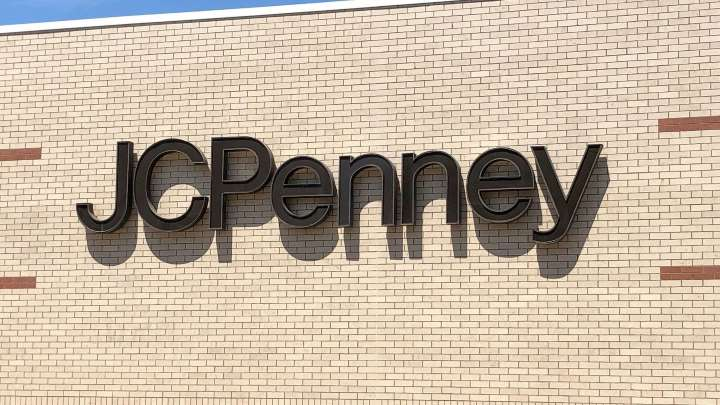 J.C. Penney chain moves forward with its sale