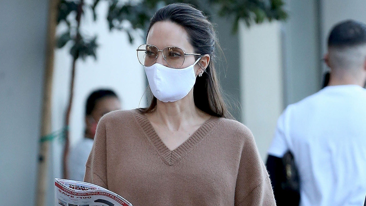 Angelina Jolie sets summer sweaters on trend