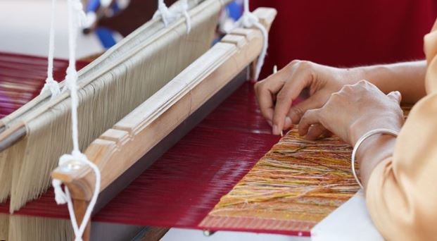 Rationalization of handicraft and hand-loom board