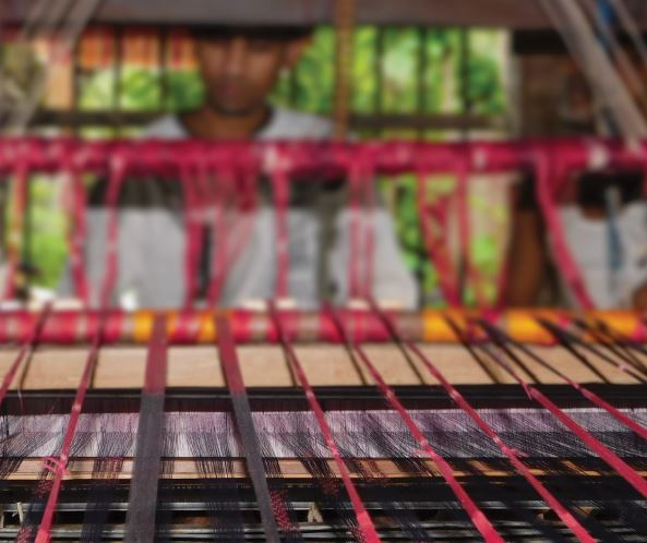 Adverse effects of digital marketing on the handloom business