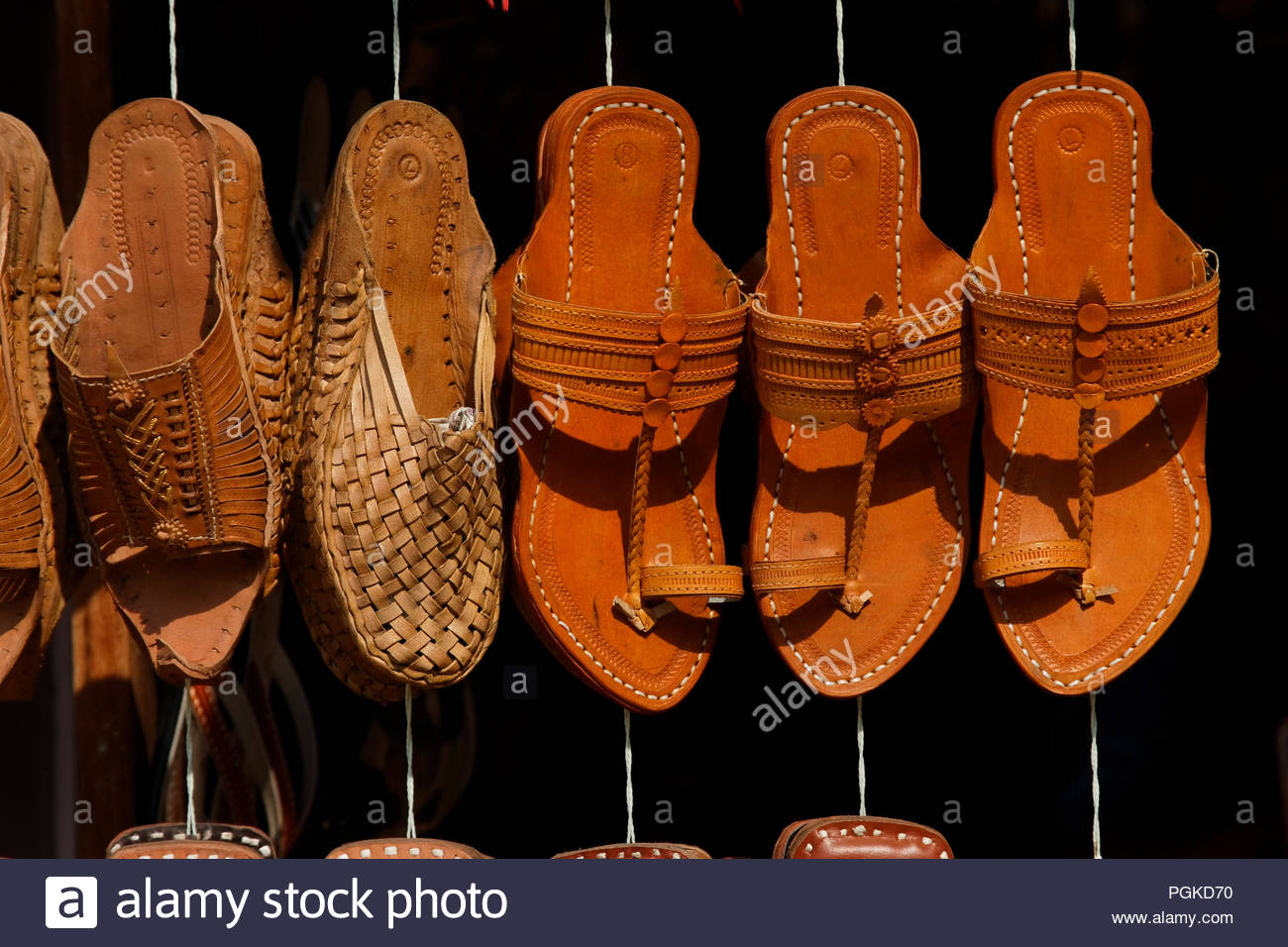 Kolhapuris, the famous leather chappal, get Geographical Indication tag