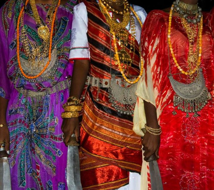 TEXTILES, EMBROIDERIES AND COSTUMES OF DJIBOUTI