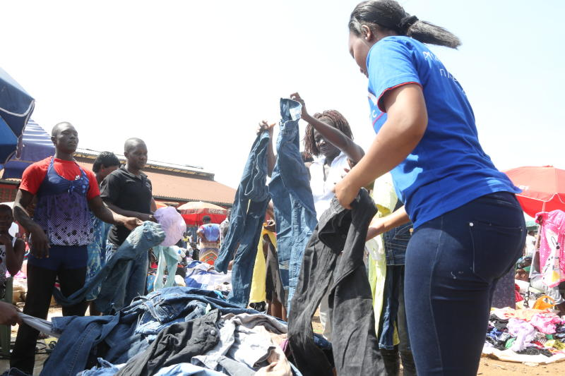 Kenyan fashion designers want second-hand clothes imports regulated