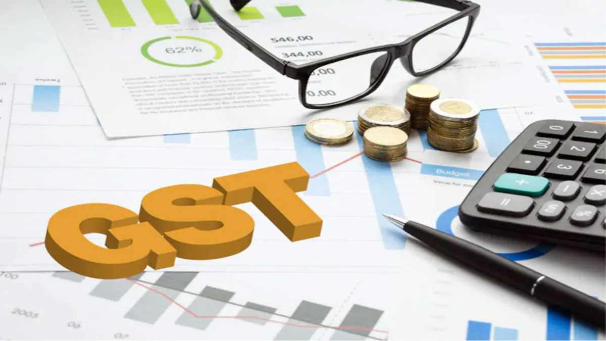 Maharashtra defies Centre on GST; CBIC circulars not automatically applicable in state.
