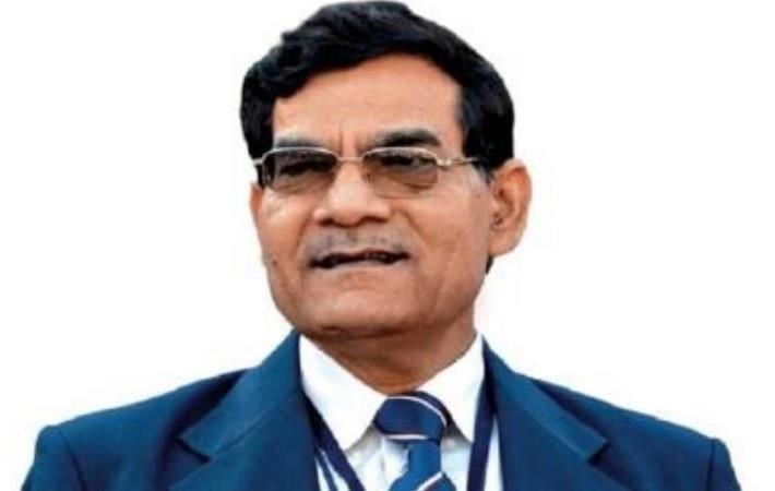 Arvind Kumar Sharma (1988 IAS, Gujarat)presently Secretary