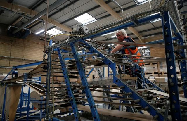 UK Factory Concern Shortage Material,Workers