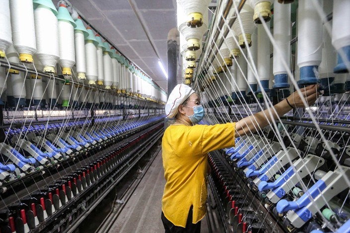 China's garment & textile exports grow in 2020 despite pandemic.