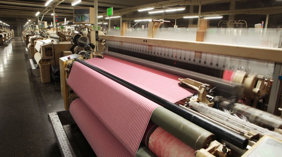 Uttar Pradesh textile sector attracts investment of Rs. 6,320 crore.