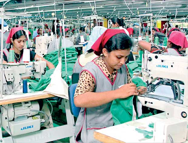 To boost the local garment sector, President Of Sri Lanka promises a planned program.