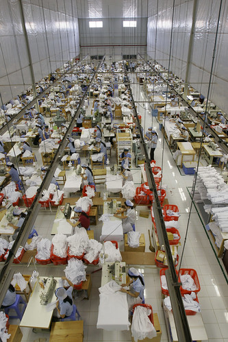 Vietnam's Garment Sector Expects To Overcome Difficulties As Orders Rise Again.