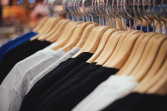 Apparel revenues in Japanese chain stores increase by 51% in Mar. '21 over Feb. '21