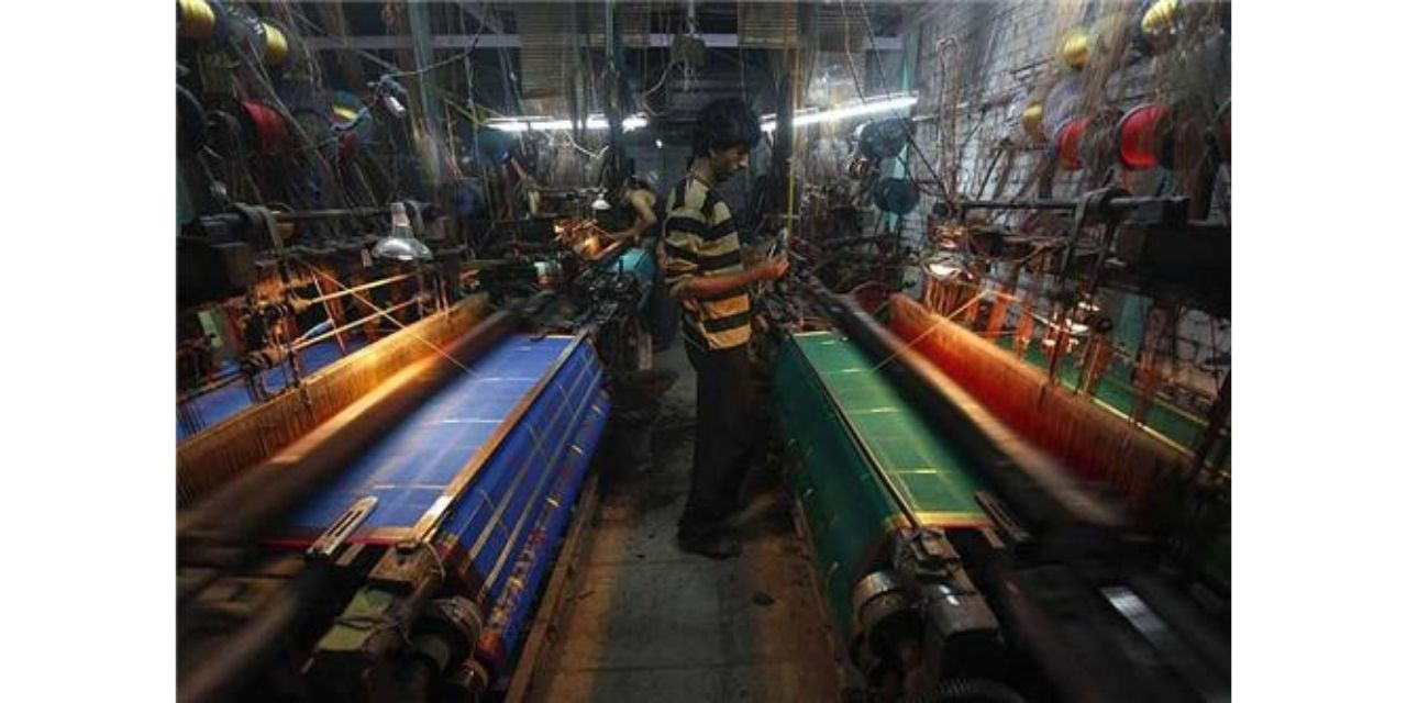 Malegaon Powerloom Units Suspend Operations; To Affect 2.5 lakh workers