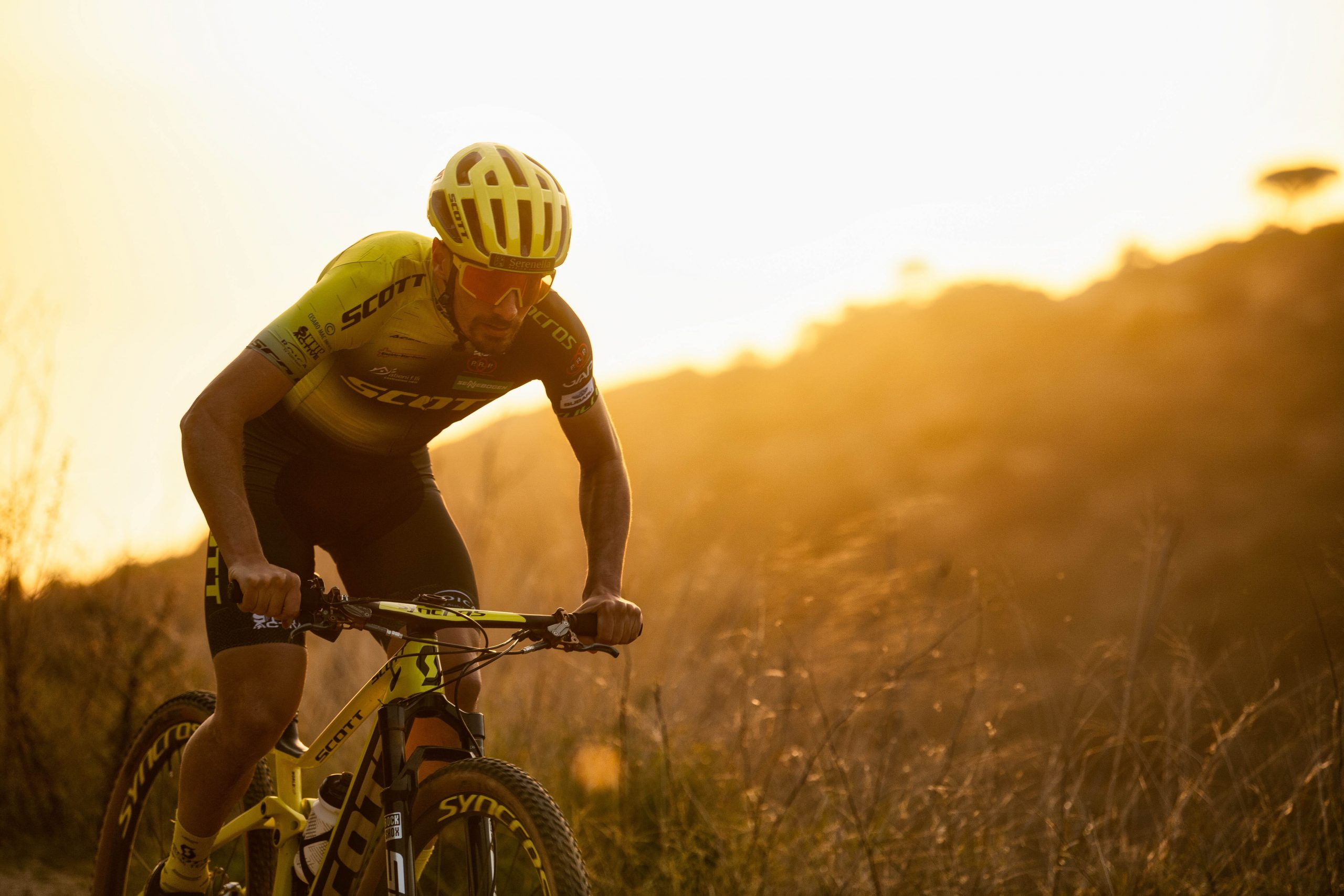 The first SCOTT Racing Team sustainable biking uniform, in partnership with Sitip, Rosti and ROICA™