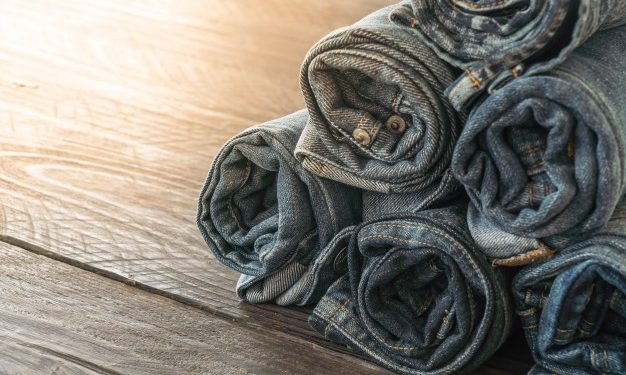In April of next year, the United States will resume sourcing denim clothing from Mexico and China