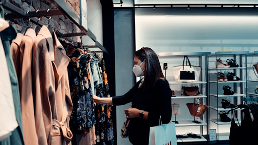 4 Reasons Retail Therapy Makes You Feel Happier