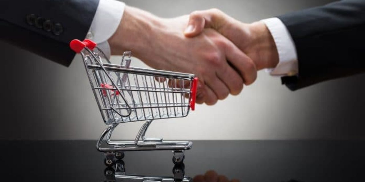 The missing communication between retailers and consumers brought back to life with vCommerce